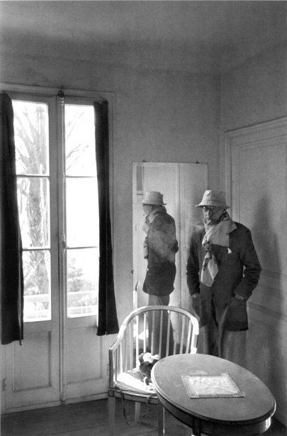 (Pierre Bonnard na fotografii Henri Cartier-Bressona, 1944, výřez.)