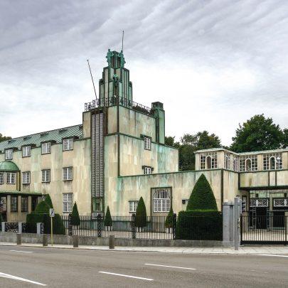 Palác Stoclet: celkový pohled z ulice.