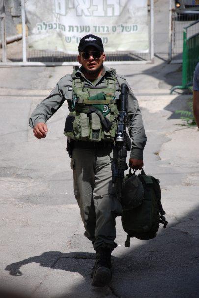 Izraelský voják v Hebronu. Foto: Jiří Pernes.
