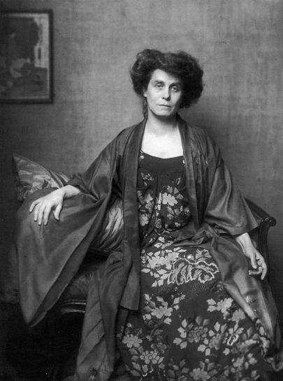 Berta Zuckerkandlová kolem roku 1910.