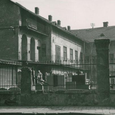 Loosův rodný dům, foto Archiv města Brna, repro: https://www.bam.brno.cz/stezka/31-po-stopach-adolfa-loose (obr. 1)