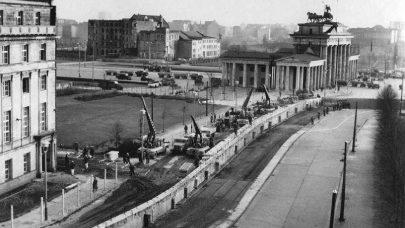 U kořenů zbabělosti Západu – Berlínská zeď z roku 1961